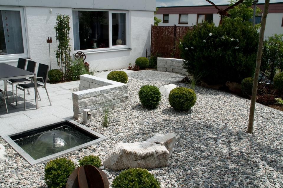 Gartenbau und landschaftsbau gr nstil aichtal for Angelegter garten